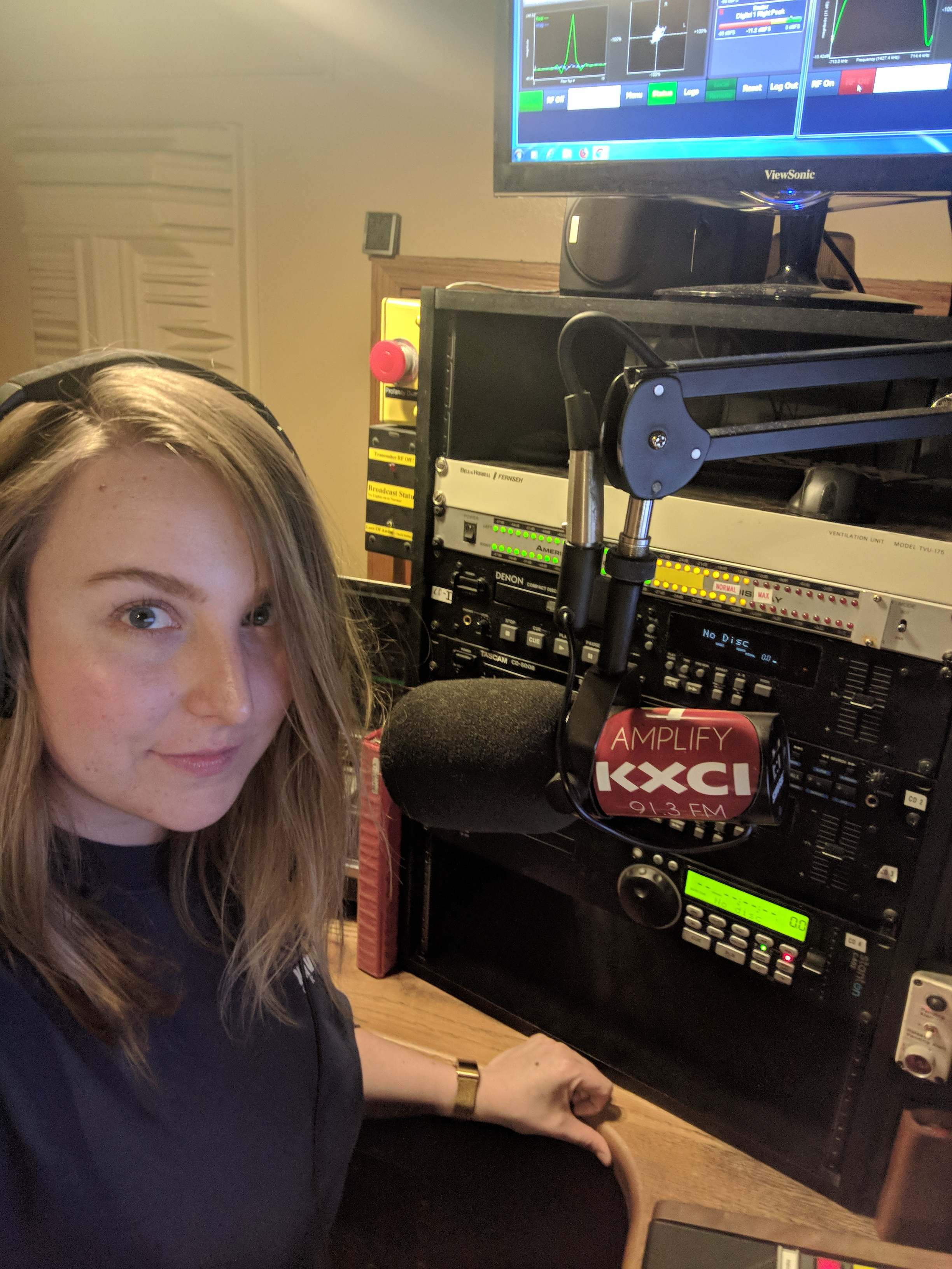 The 3am DJ shift at 91.3 KXCI