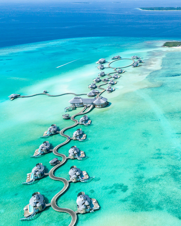 aerial-view-beach-clear-678725.jpg