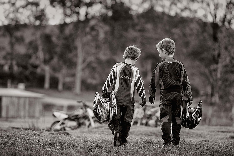 lifestyle portrsits-black and white child portraits-portrait tips- natural light portraits.jpg