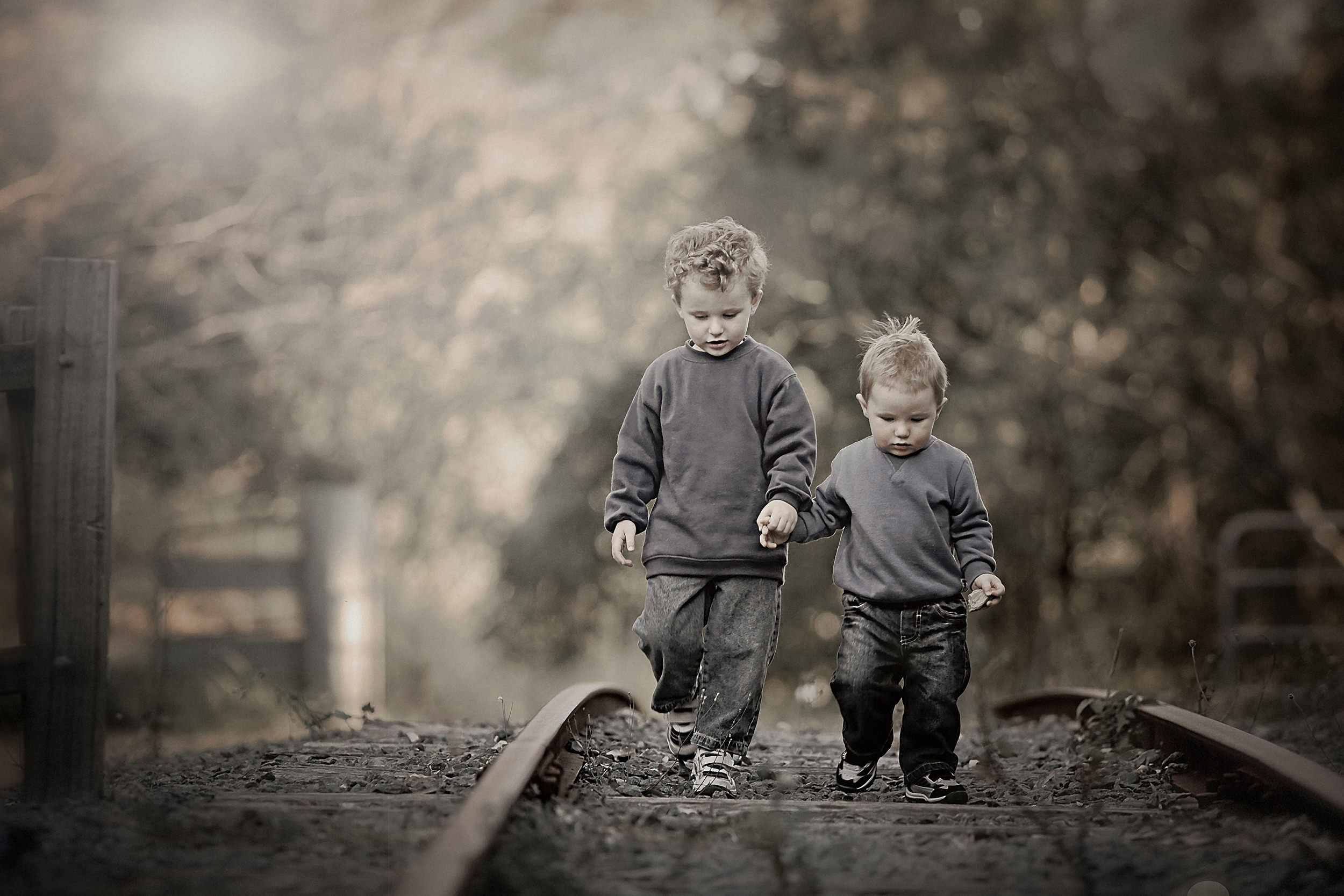 Gallery-brothers portraits-colour portraits.jpg