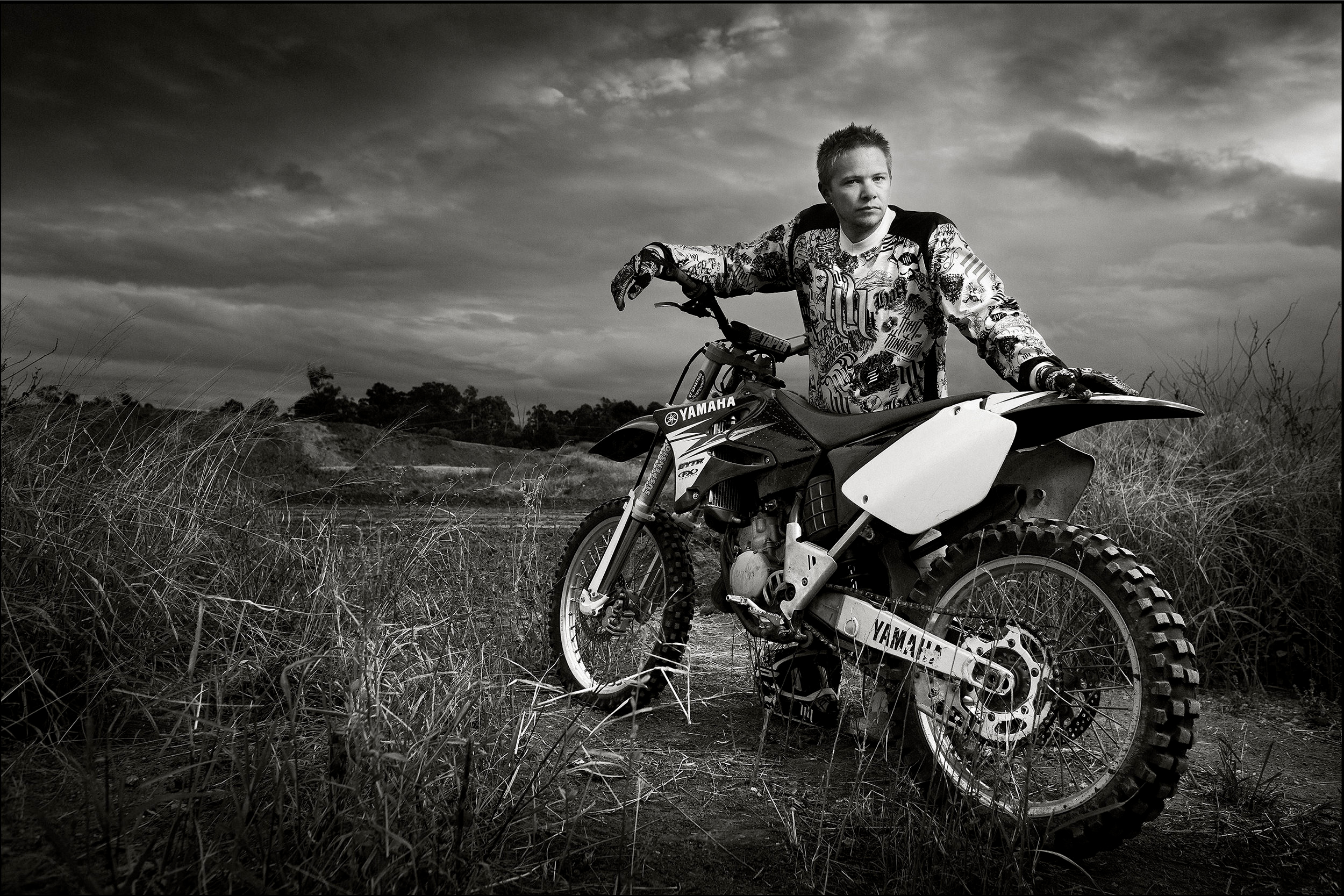 Gallery-moto-cross-portrait-black-white-portrait.jpg