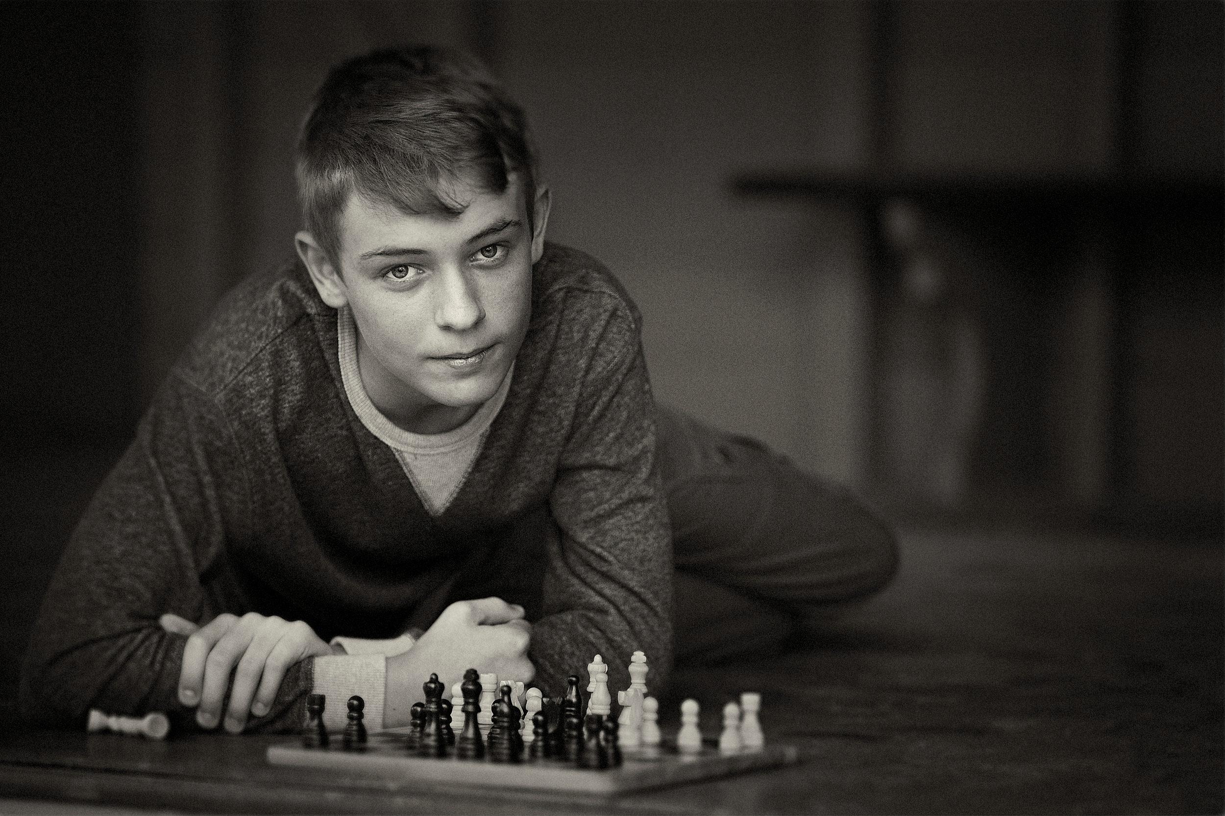 Gallery-teenage portraits-black and white portraits.jpg