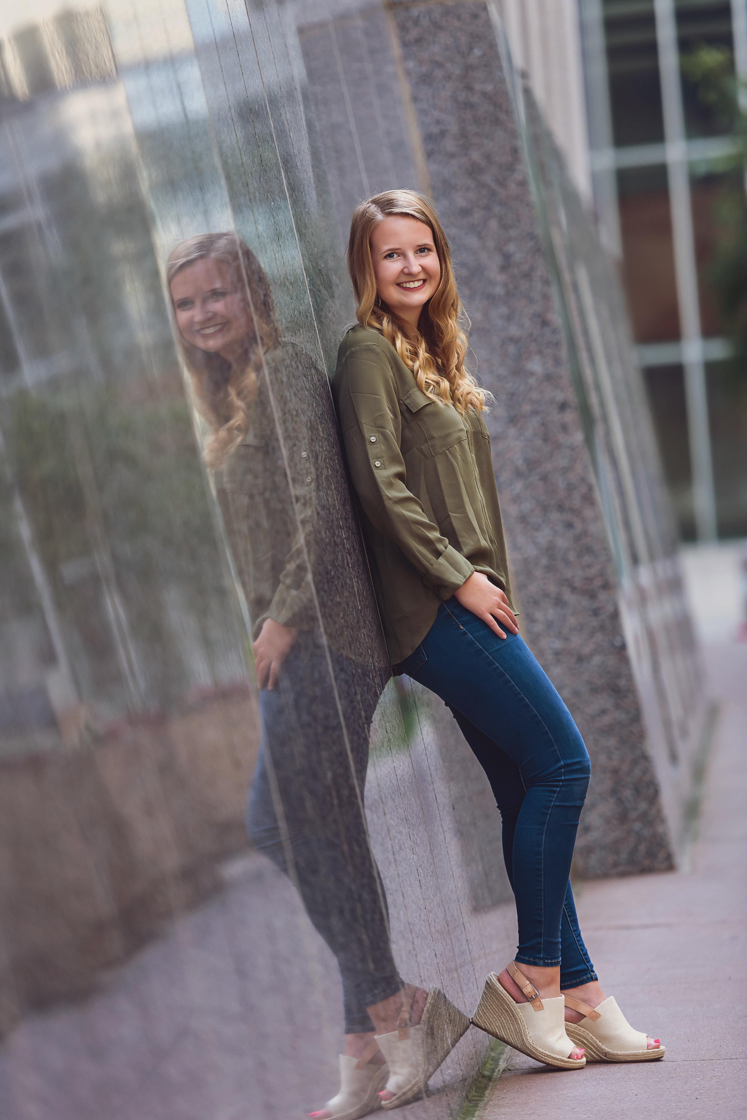 Carly Senior Portraits-001.jpg