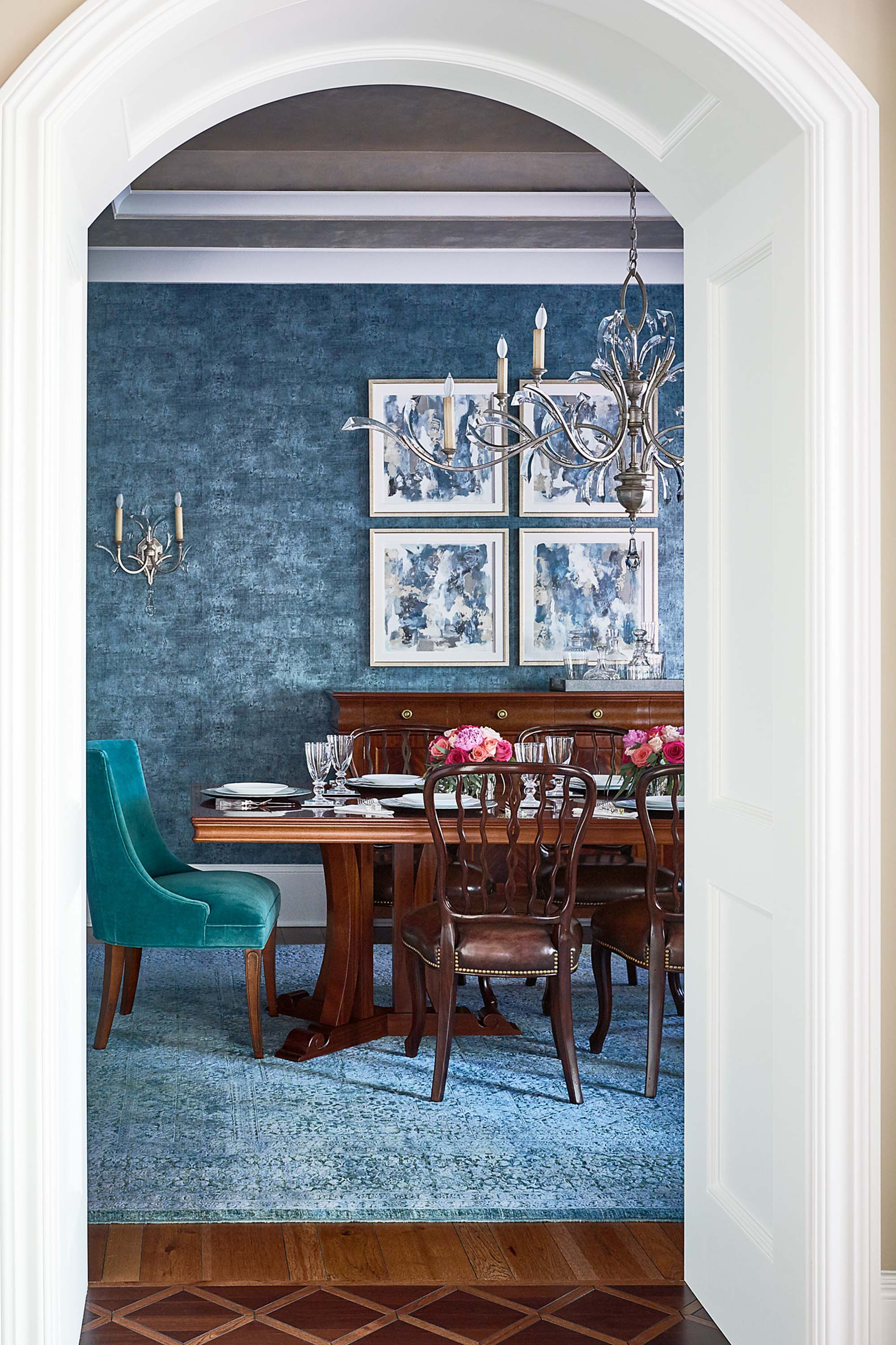 Dining room archway with inlaid hardwood flooring pattern