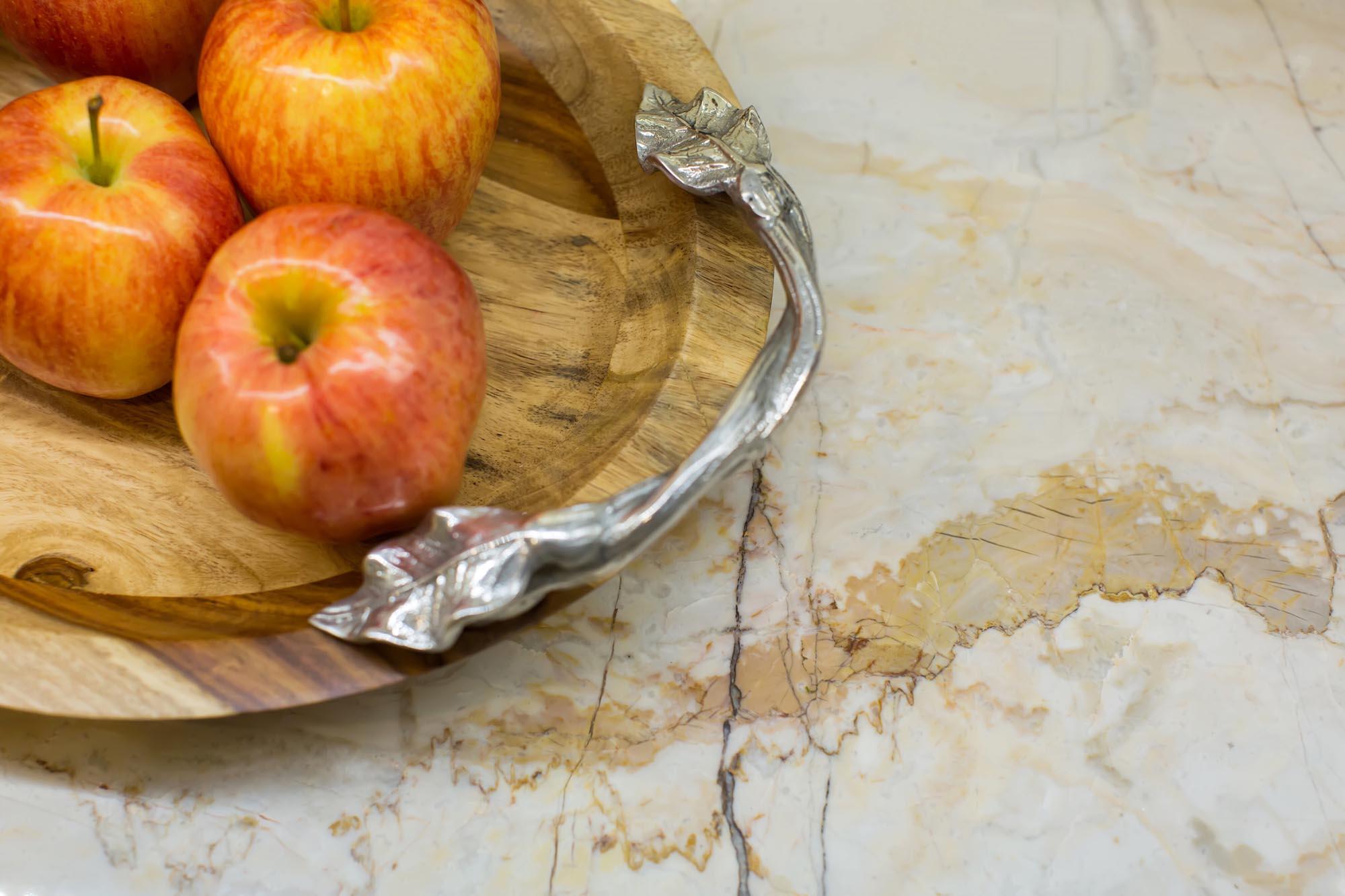 Quartzite kitchen counter detail