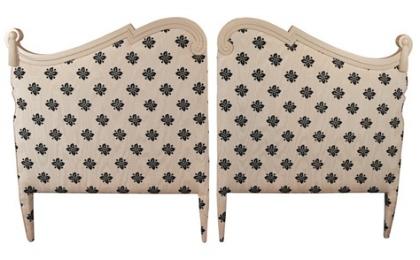 Bed vintage headboard