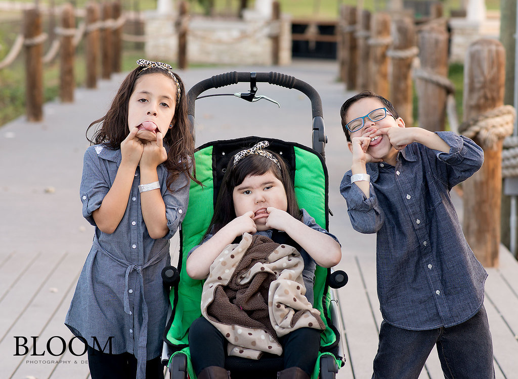 291_San-Antonio-Texas-Newborn-Family-Photographer-Bloom-Norma_103115.jpg