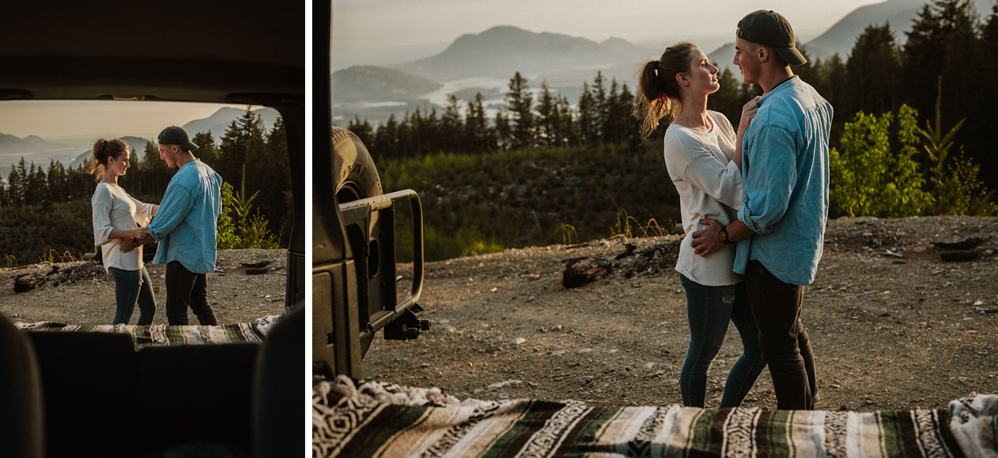 Fun-Airy-Outdoor-Couple-Photography_0012.jpg