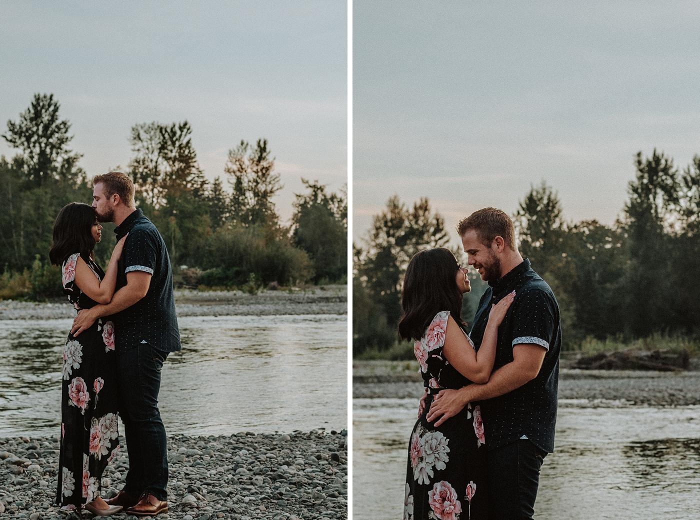 Romantic-Greenery-Engagement-Photography_0011.jpg