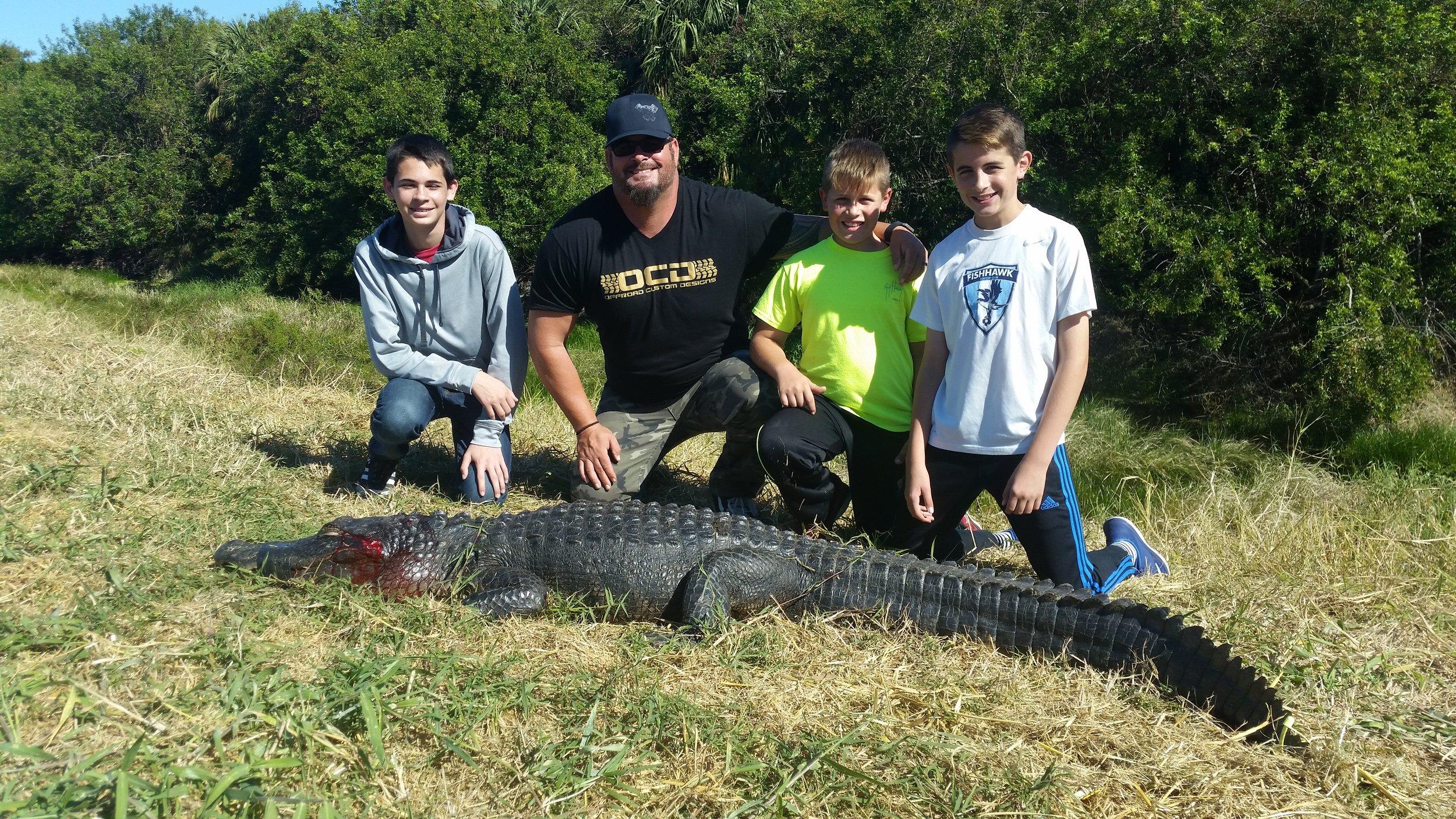 Okeechobee-Florida-Alligator-Hunting.jpg