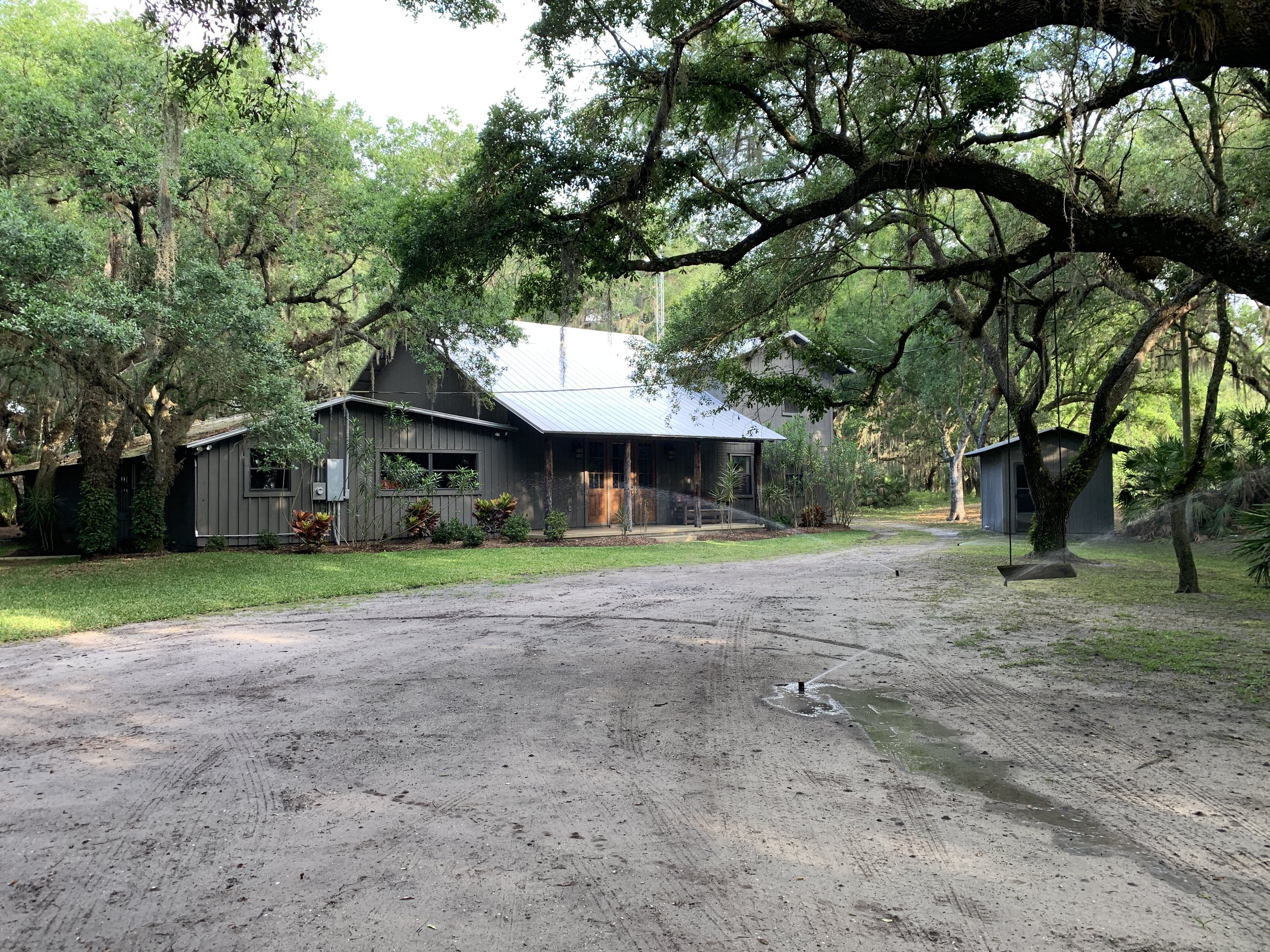 Everglades-Hunting-Lodge.JPG