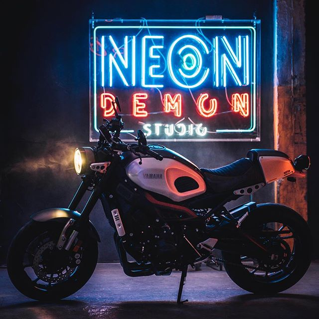 Just a beautiful bike. #neon #retrofuturism #vaporwave