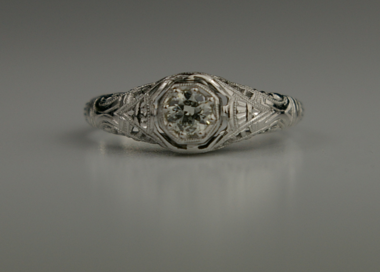Restored-edwardian-ring-at-CranejewelersSeattle4.jpg