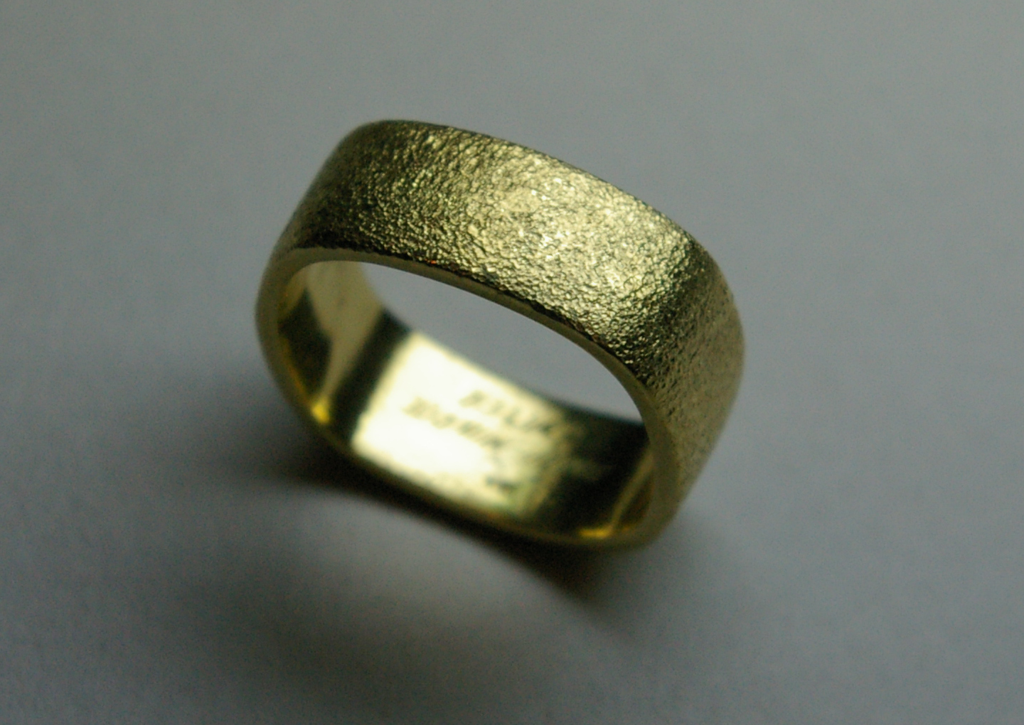 "Handmade 18 Karat Yellow Gold Band, ""rain finish"""