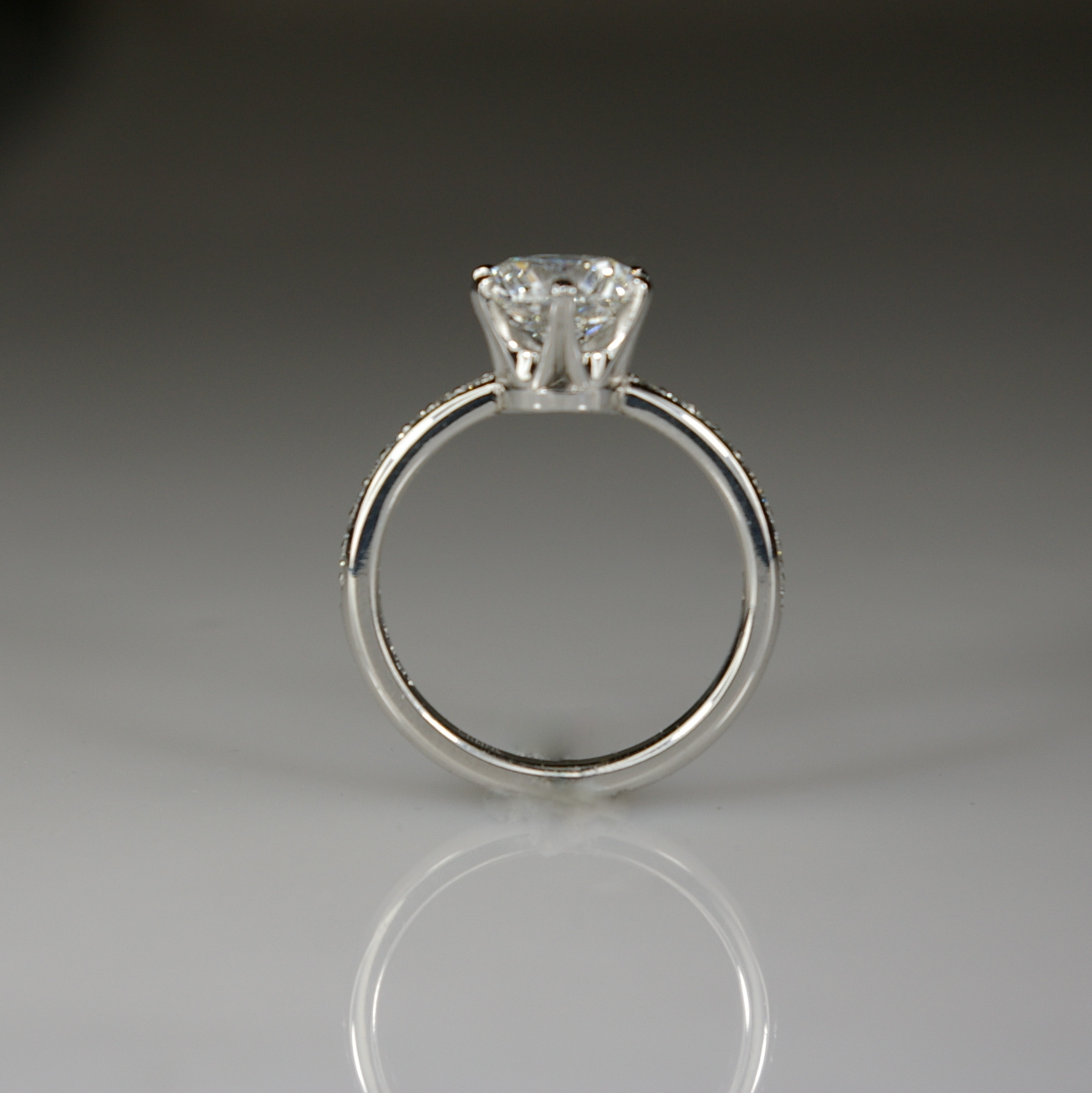 Platinum Engagement Ring with Diamond