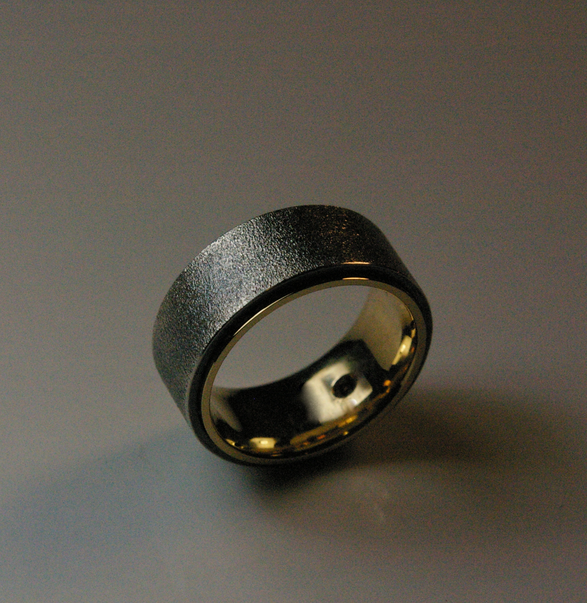 18 Karat Yellow Gold Wedding Band with Oxidized Sterling Silver