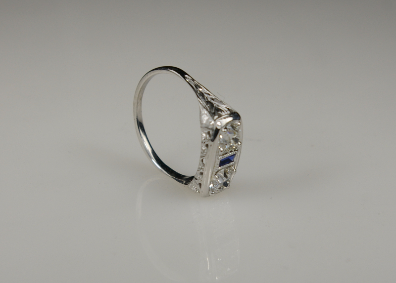 a-platinum-ring-missing-the-center-stone-after-restoration-the-side-view-at-crane-jewelers-ltd-in-seattle-wa_0.jpg