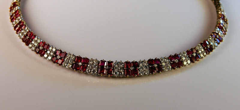 platinum-diamond-and-ruby-necklace.jpg