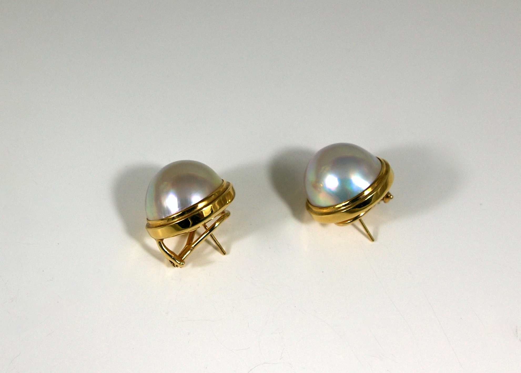 Mabe Cultured Pearl with 18 Karat Yellow Gold