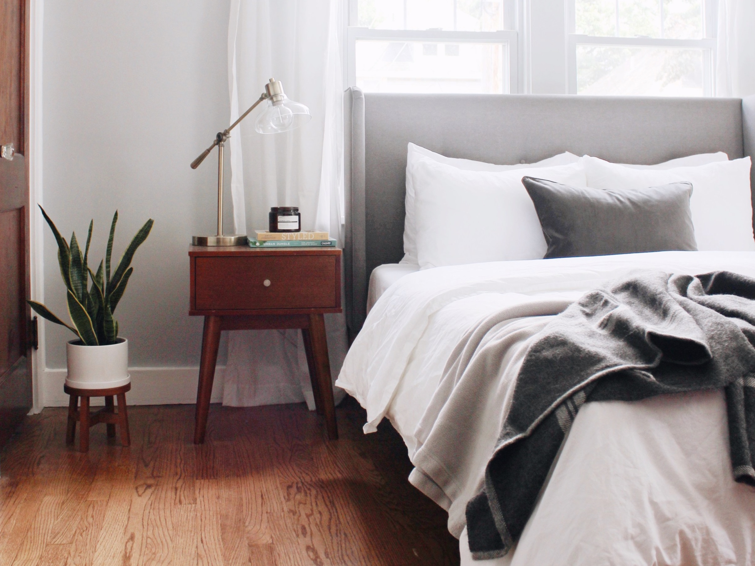 Style Guide - A Cozy master bedroom makeover