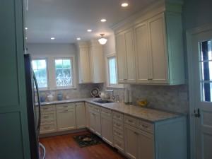 kitchen_201310_2_web-300x225.jpg