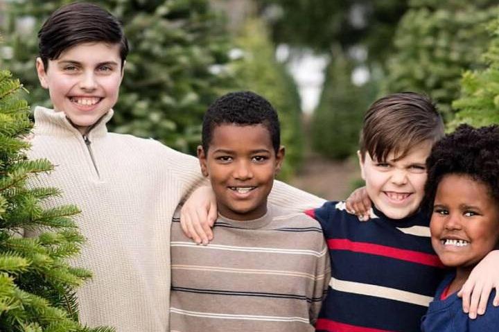 Barta+Kids.jpg