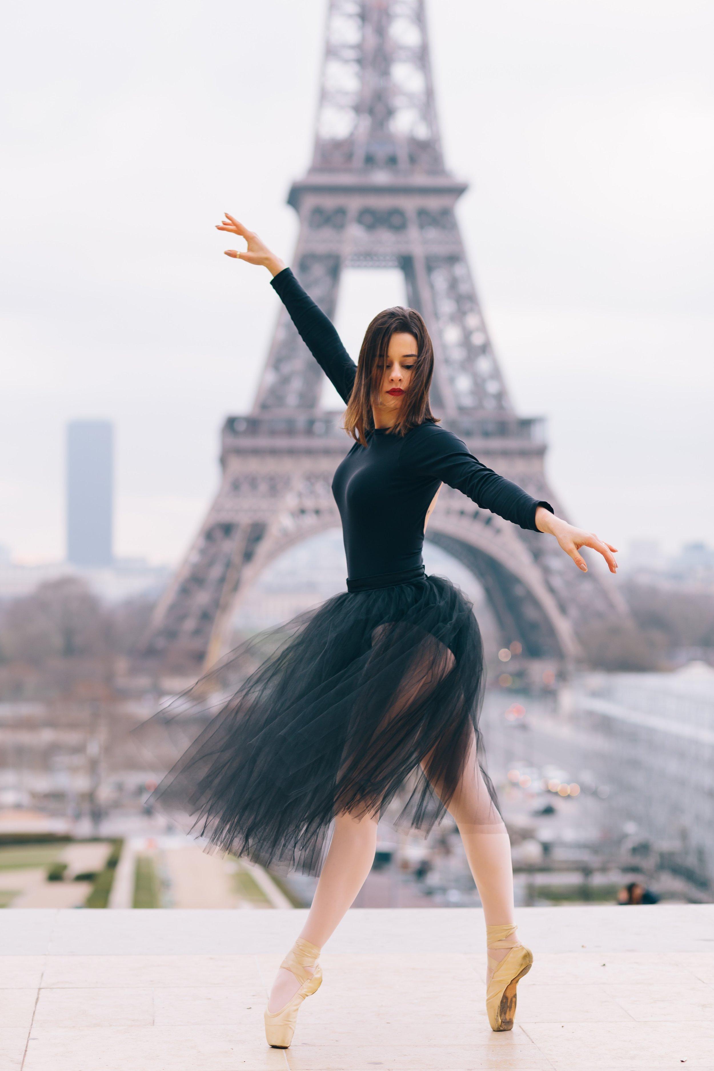 balance-ballet-dancer-dance-1929039.jpg