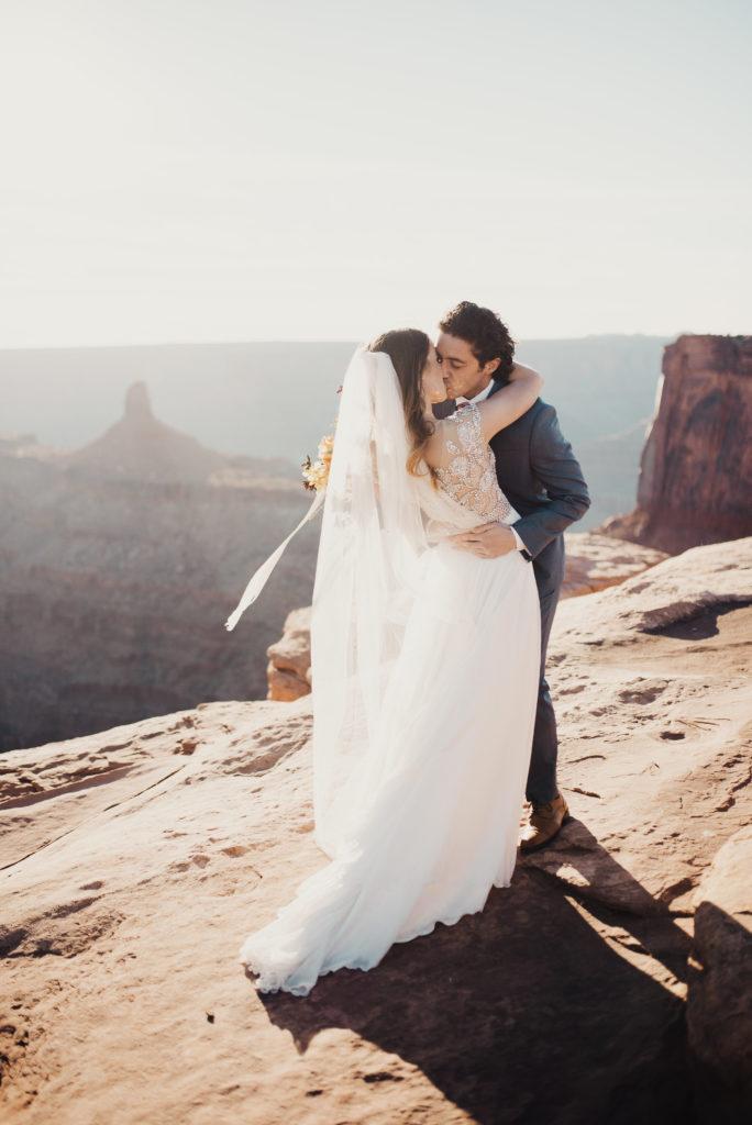mk-bridals-edenstraderphoto-16-684x1024.jpg