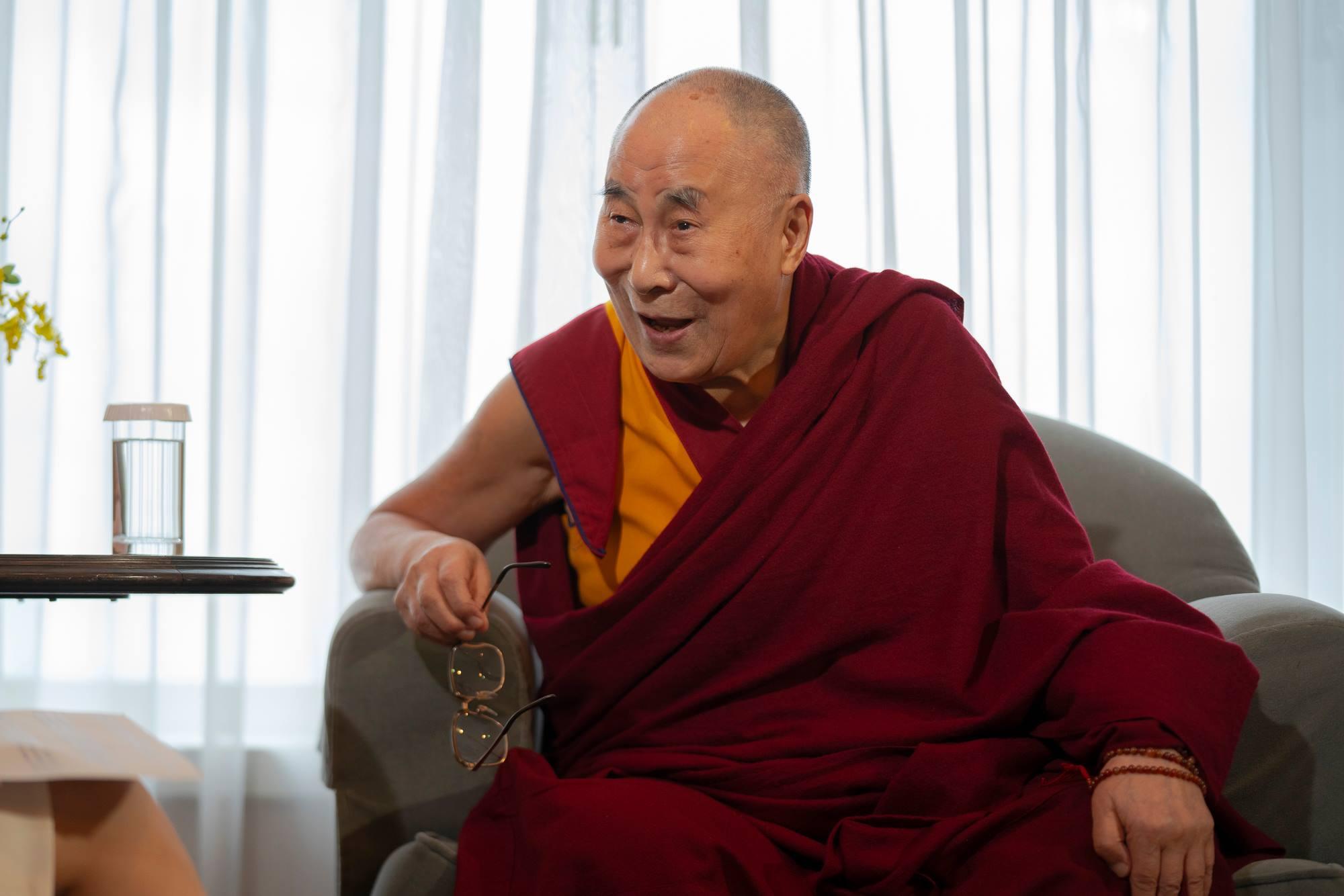 華府內幕消息指出,總統府秘書長陳菊曾代表總統蔡英文5次承諾,邀請達賴喇嘛來台。圖片來源:Dalai Lama/Facebook