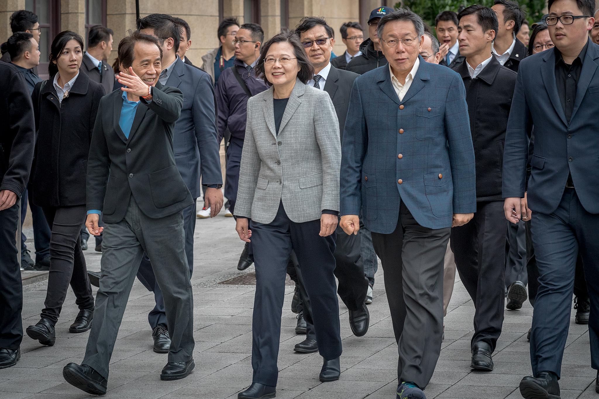 總統蔡英文在去年(2018年)底與台北市長柯文哲在北門會面。圖片來源:Taiwan Presidential Office/Flickr