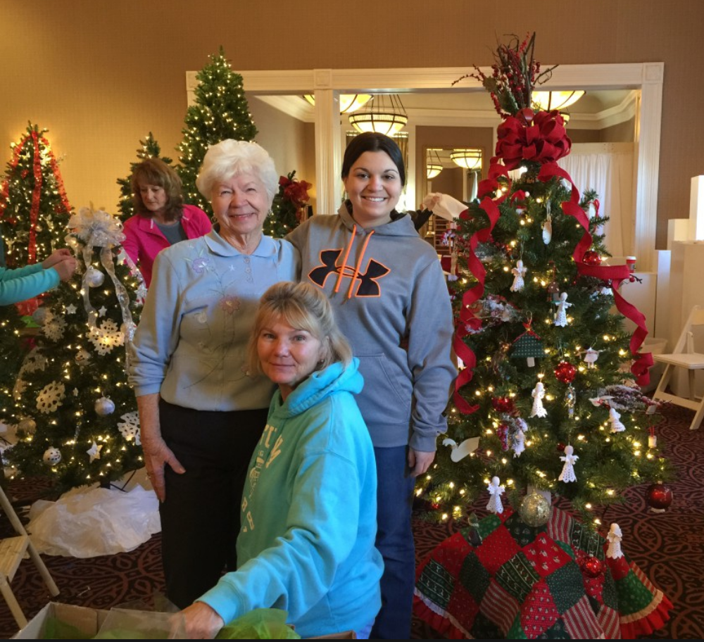 Londonderry on the Tred Avon residents and staff share memories at talbot hospice festival of trees