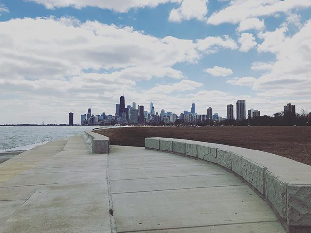 hello chicago 👋 📸: @cassidyrayyne . . . . #zerowaste #chicago #city #consulting #sustainability #waste #foodwaste #education #helloworld #smallbusiness #startup
