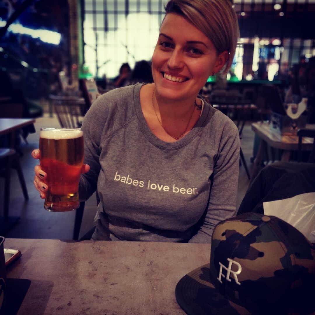 babes love beer.jpg