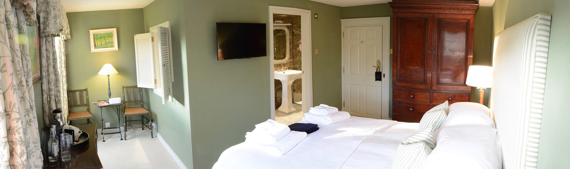 room 4 -