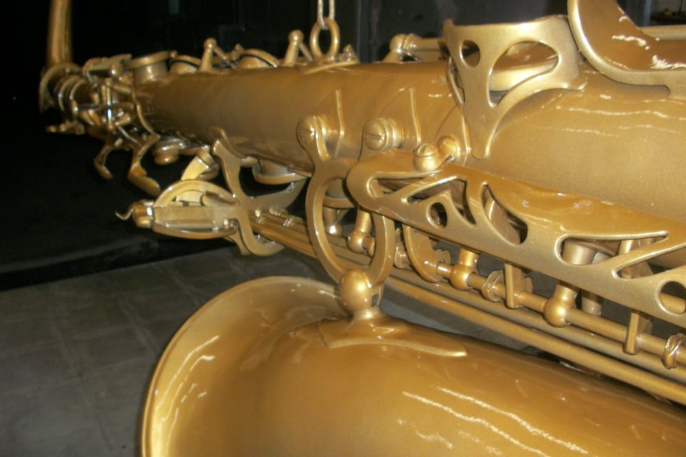Saxophone Statue Jolly Gold