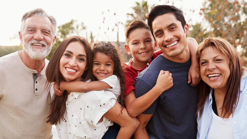 Herencia de Jehová son los hijos; cosa de estima el fruto del vientre. - Salmos 127:3
