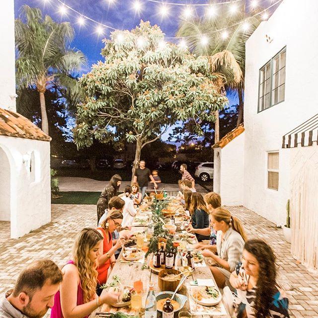dinner party flash back as are making my heart full! happy 🐪 day friends ❤️ . . . . . @shelbysphoto  @richhippieshouse  @theamandaperna  @thecuratedlook @livingpattern  @sweetstacyspb @avenuepottery  @nonprophetbrewing  @loxfarms  @yerbamaladesigns  @wanderingwines #westpalmbeach #westpalmevents #westpalmbeachfl #rhhsundaysupper #westpalmbeachfl #designinspiration #visitflorida #palmbeach #apartmenttherapy #howyouhome #thenewbohemians #jungalowstyle #jungalowhome #homewithrue #myhousebeautiful  #lonnyliving #lonnymag #luxeathome  #simplystyleyourspace #wpbinteriordesigner #interiorstyling #mydomaine #mastersofwhiteness #getoutandgather #getaway #visitflorida #soflaevents #therichhippieshouse
