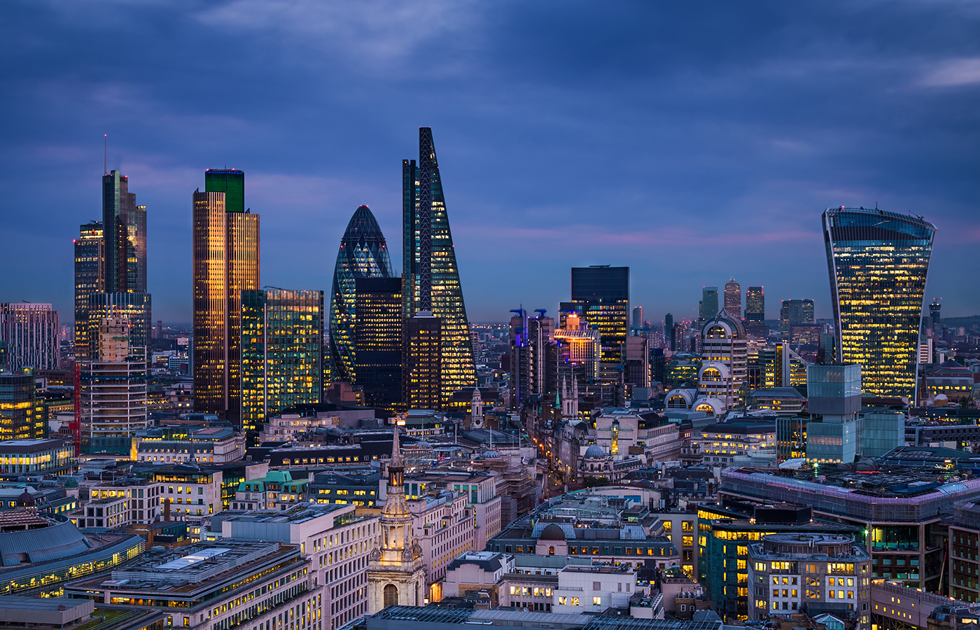 Financial Services - ISO 27001 expertly crafted for insurance, hedge funds and investment banking