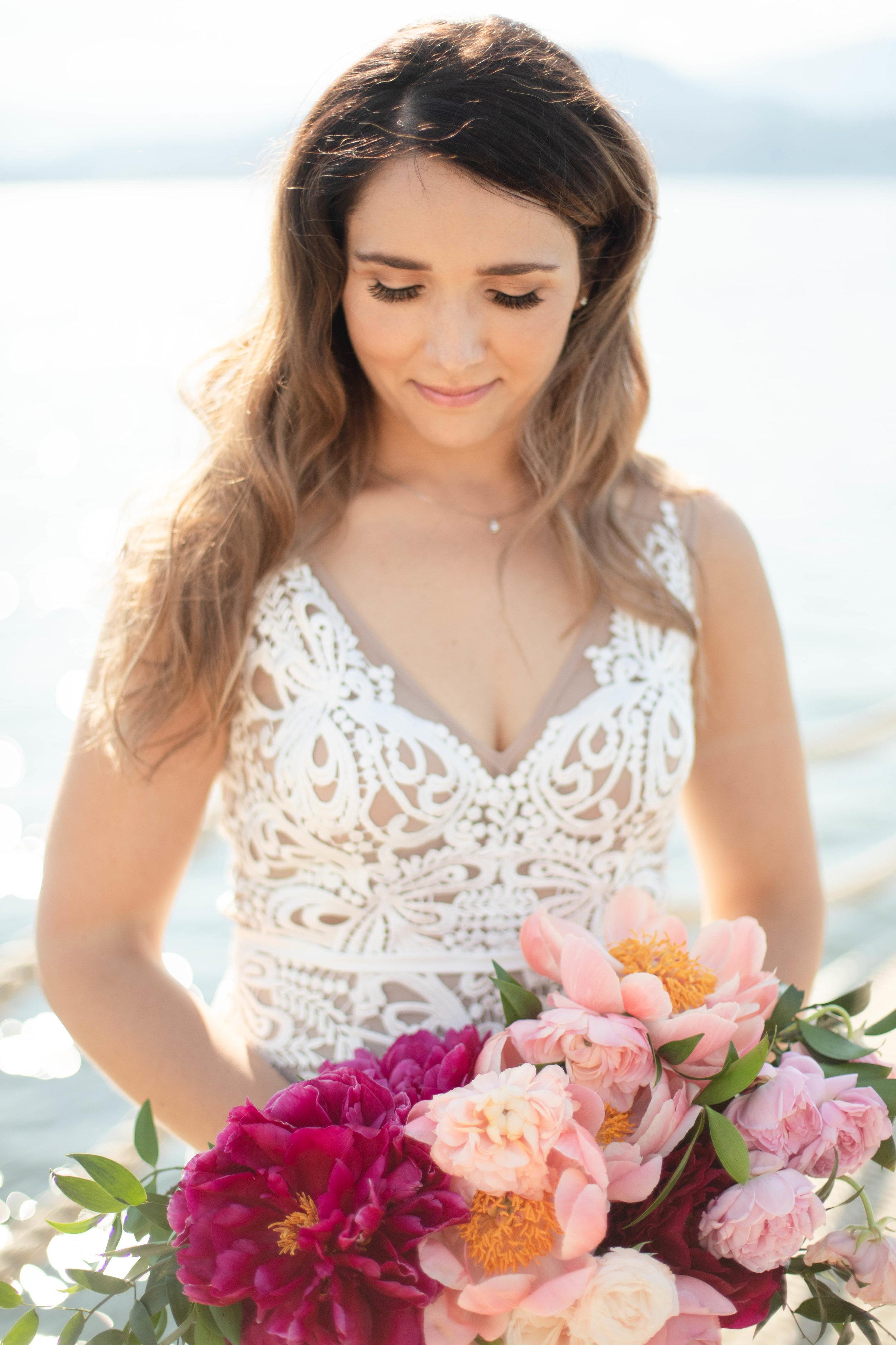 Kelowna Waterfront Wedding Bouquet.jpg