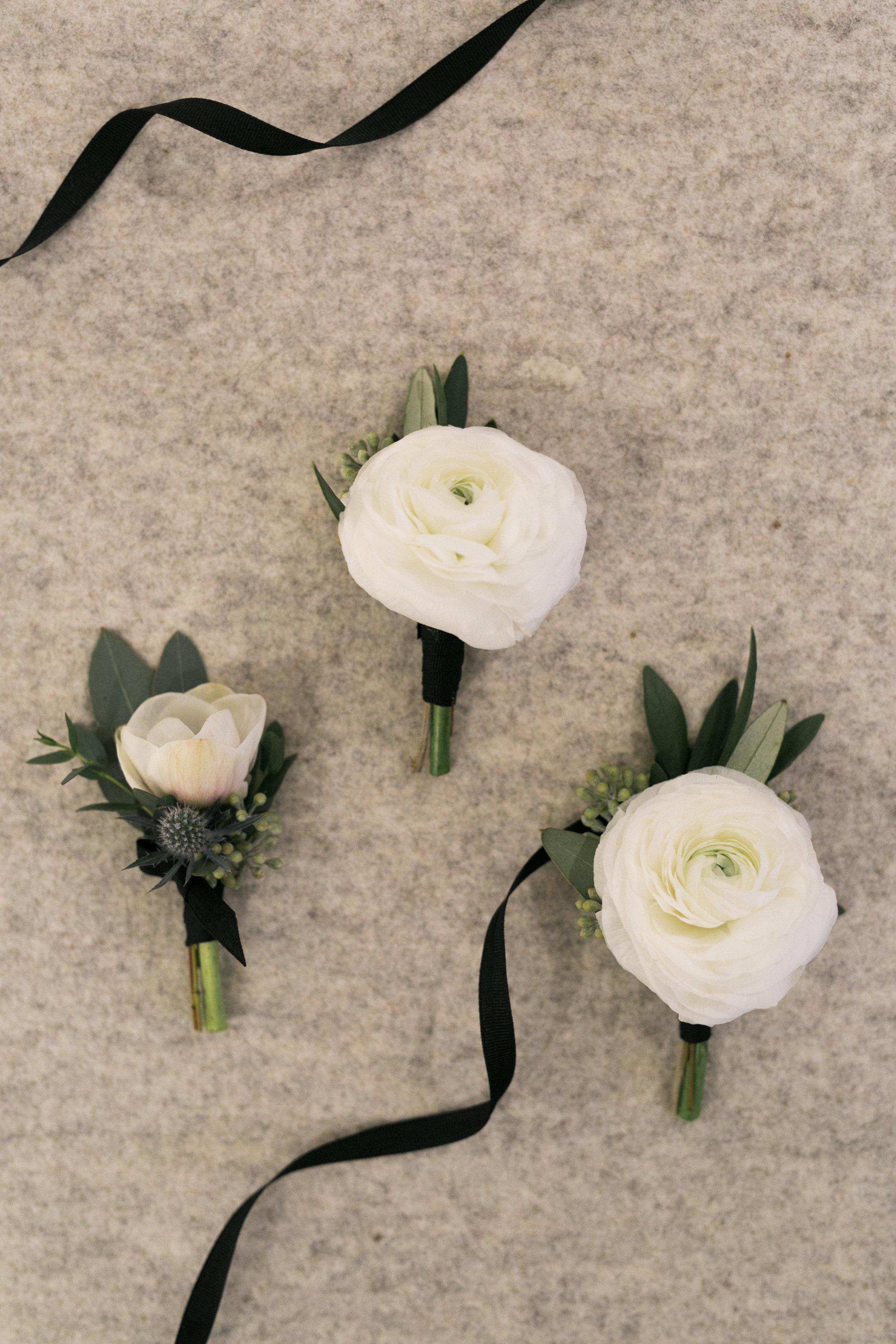 Okanagan Wedding Boutonnieres
