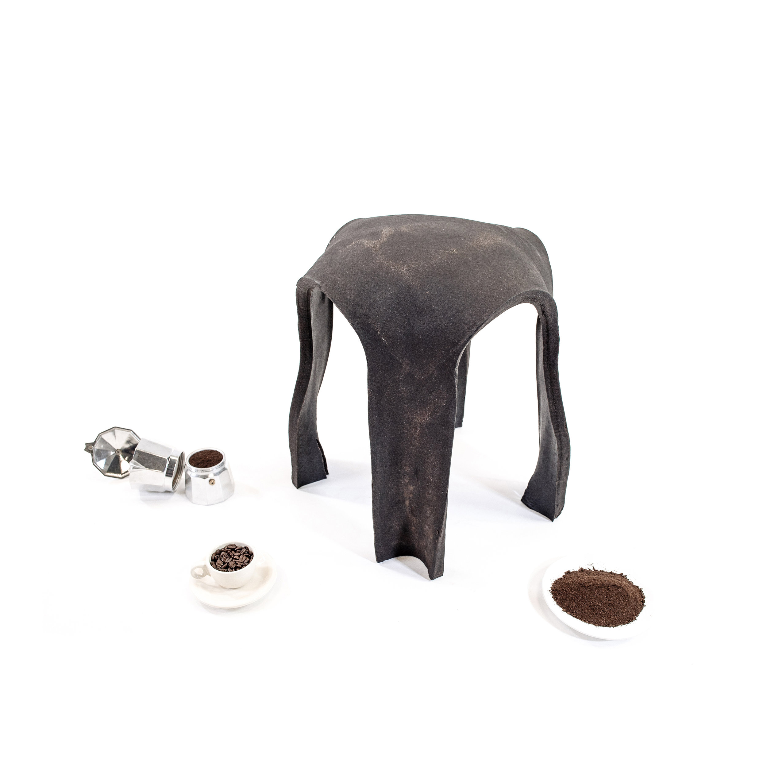 Re.Bean Coffee Stool_Kristen Wang 02.jpg