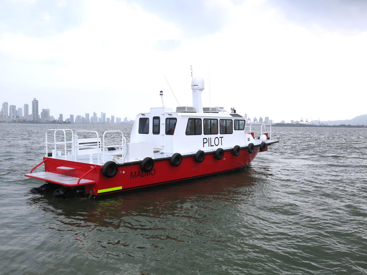 Pilot-boat-Columbia.jpg