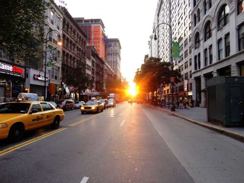 Manhattanhenge 2014 is upon us!    Watch the sun set in perfect alignment with the Manhattan street grid.