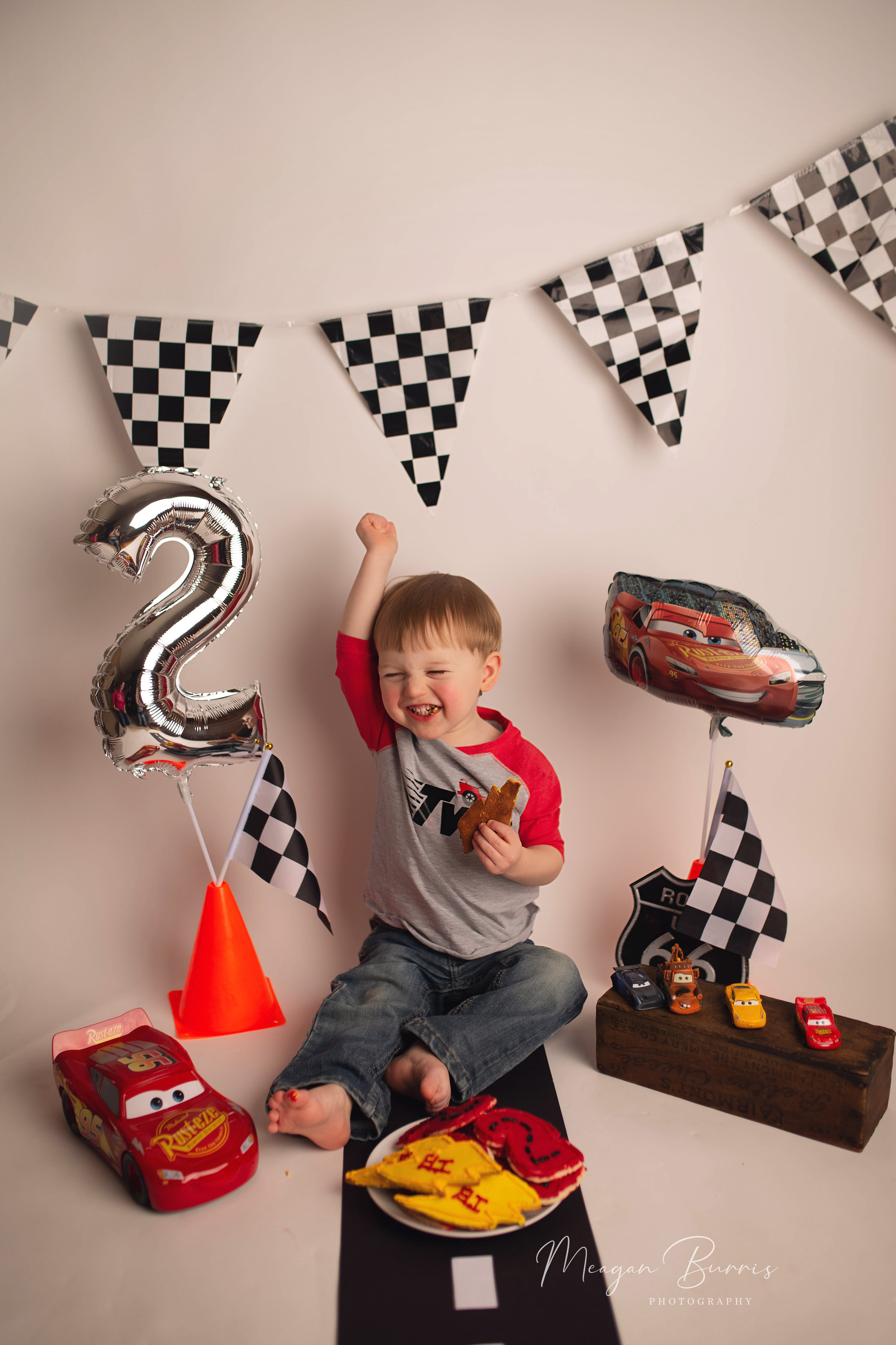 eli_ mooresville, in birthday photographer1.jpg