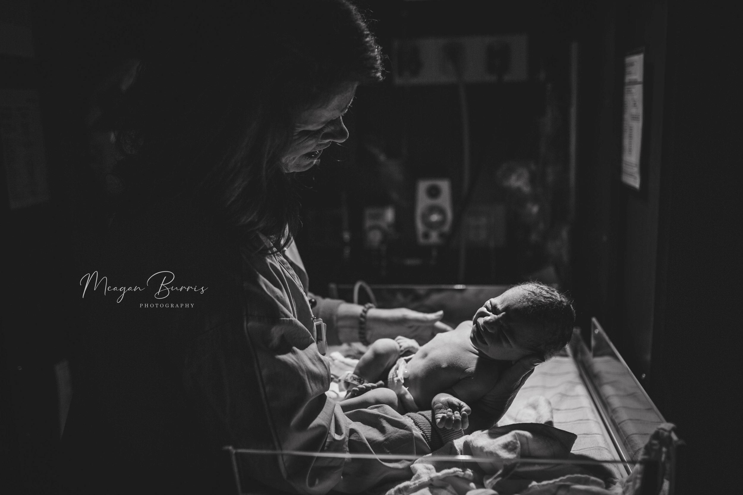oliver_indianapolis indiana birth photographer4.jpg