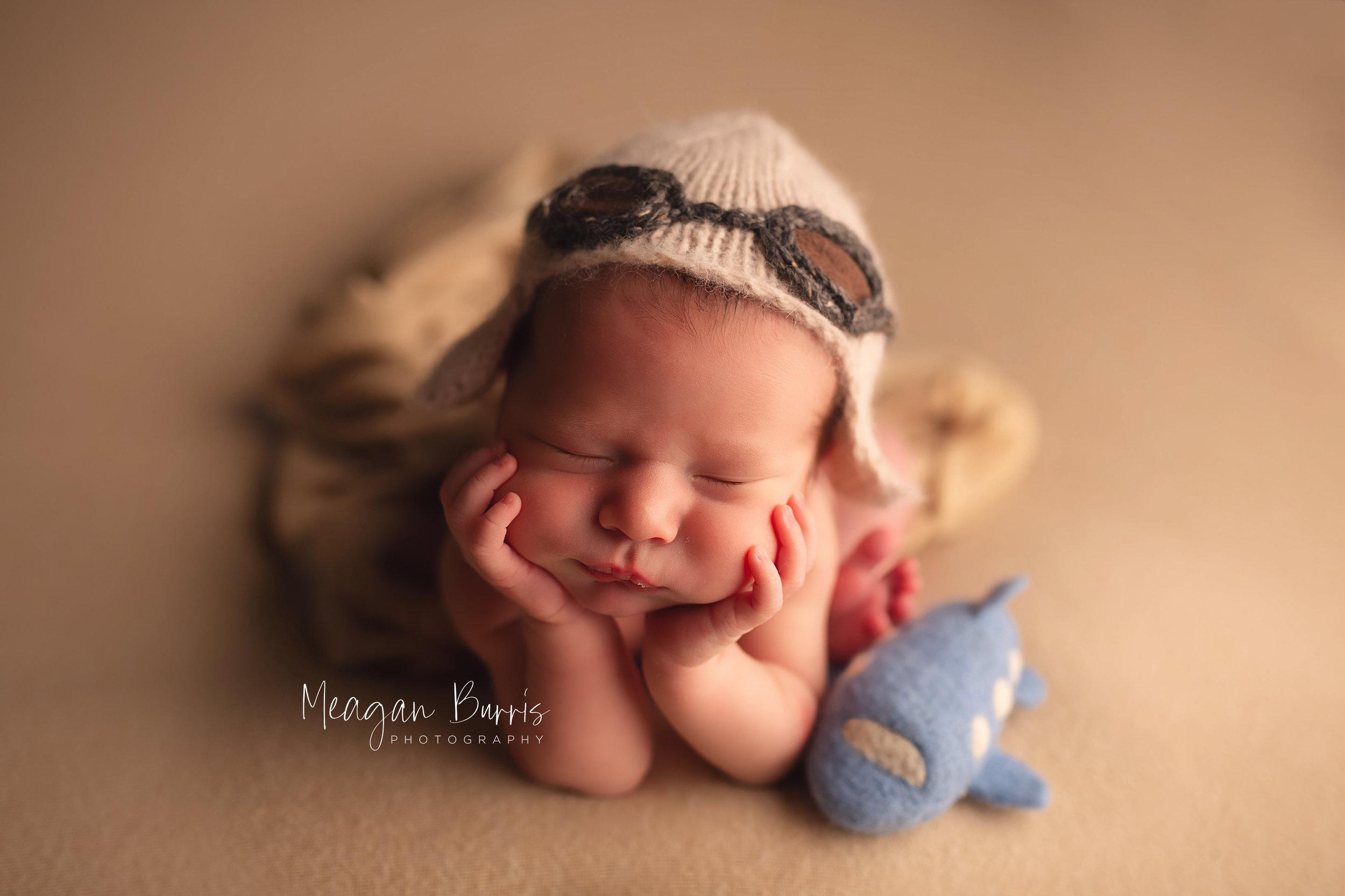 gentryL_ new palestine newborn photographer7.jpg