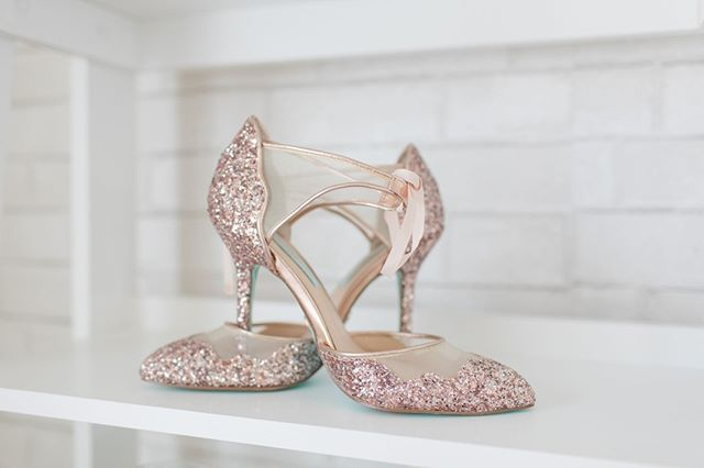 Solely original just like your wedding day! Who else thinks the brides heels are a great subtle form of expression!? #premiereventsbylacy