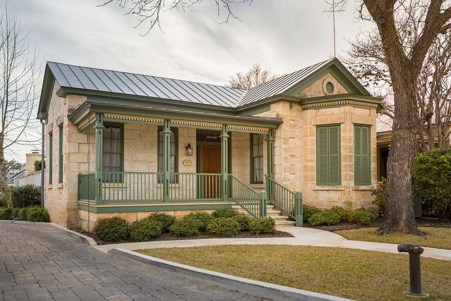 blacksmith-quarters-fredericksburg-realty-cabins-for-sale-in-texas-hill-country.jpg