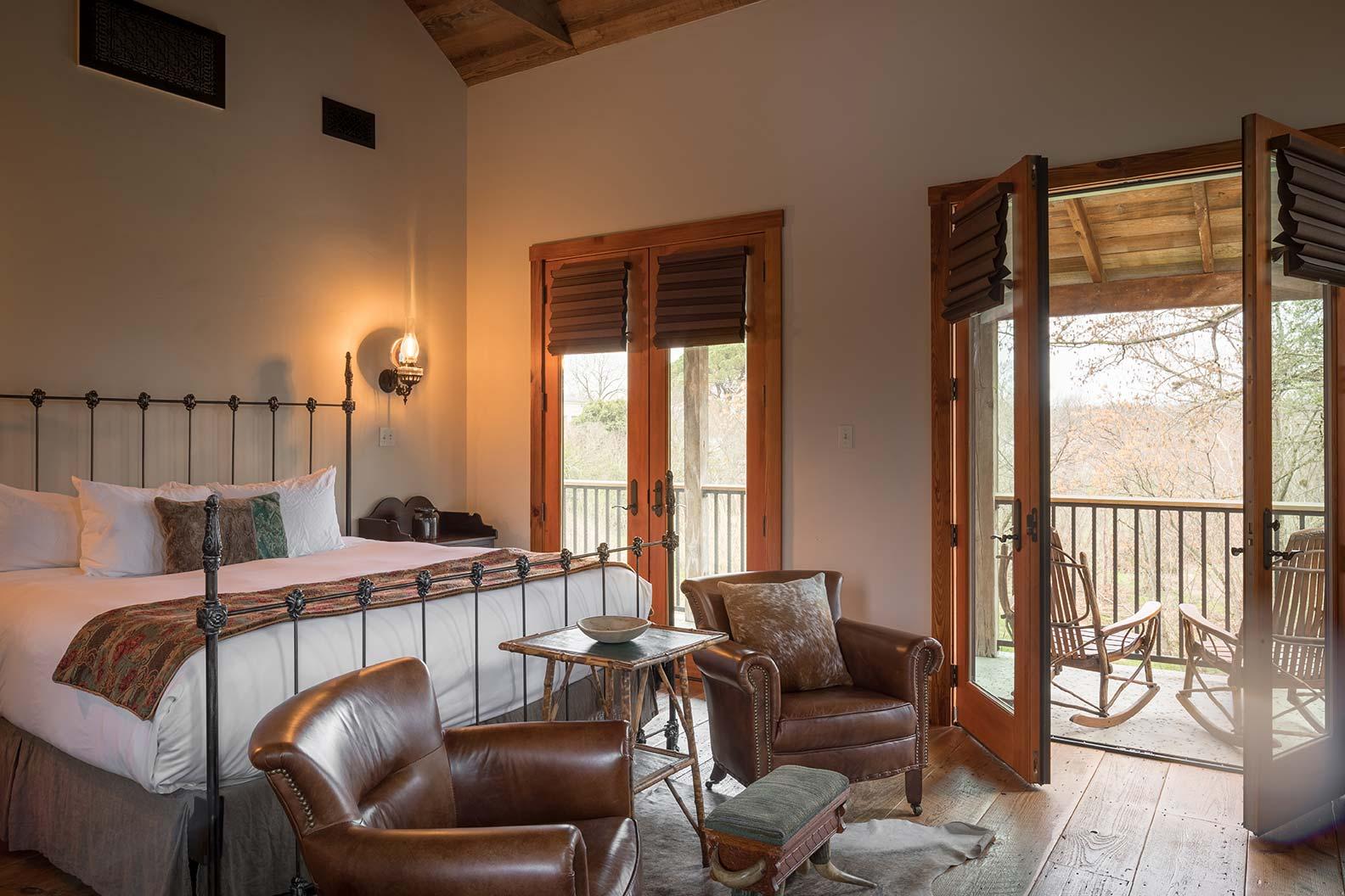 blacksmith-quarters-fredericksburg-realty-texas-commercial-real-estate-for-sale-investment-tourism.jpg
