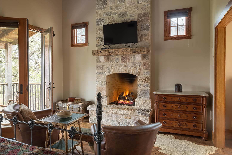 blacksmith-quarters-fredericksburg-realty-texas-commercial-real-estate-for-sale-tourism-investment-roi.jpg